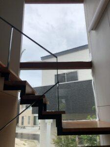 窓ガラスグラデーションフィルム見え方