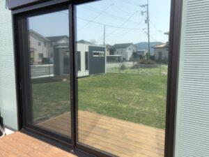 熊本市南区窓ガラス目隠し遮熱フィルム