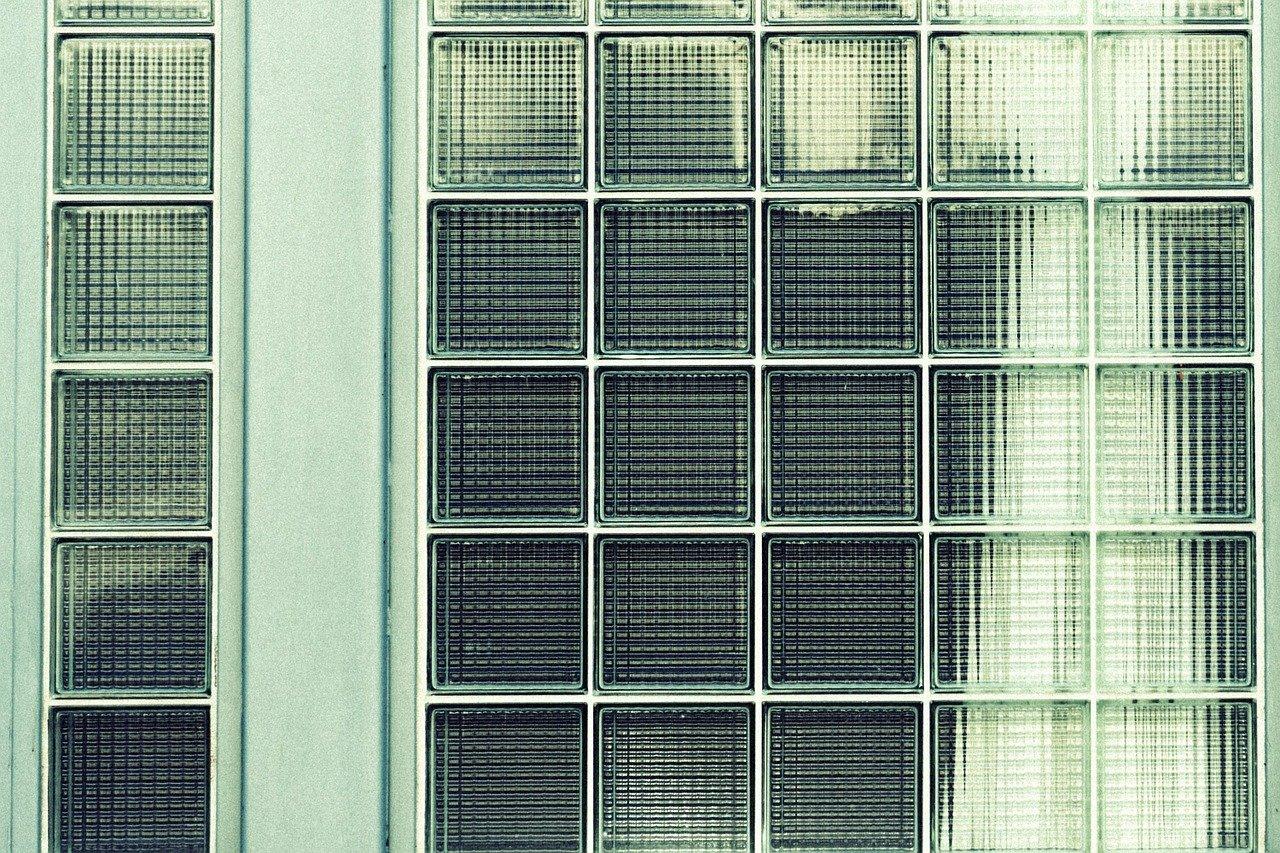 窓ガラスフィルム 水残り