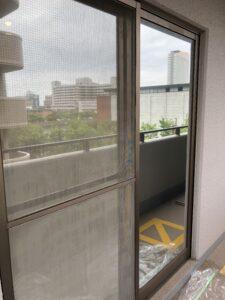 福岡市中央区窓ガラス目隠しフィルム施工後